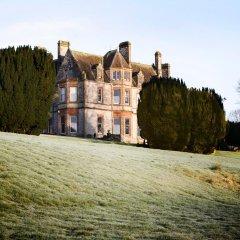 Отель The Lodge at Castle Leslie Estate Ирландия, Клонс - отзывы, цены и фото номеров - забронировать отель The Lodge at Castle Leslie Estate онлайн спортивное сооружение