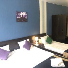 Concert Hotel 3* Улучшенный семейный номер с двуспальной кроватью