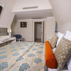 Orange County Resort Hotel Kemer - All Inclusive 5* Стандартный семейный номер с различными типами кроватей
