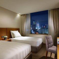 Lotte City Hotel Myeongdong 4* Улучшенный номер с различными типами кроватей фото 3
