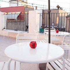 Отель Hulot B&B Valencia Испания, Валенсия - 4 отзыва об отеле, цены и фото номеров - забронировать отель Hulot B&B Valencia онлайн балкон