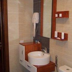 Отель Happy Inn ванная фото 2