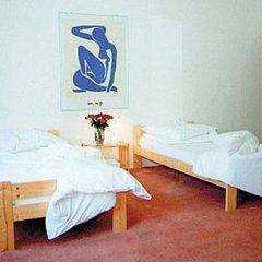 Отель Intermezzo Women Only (отель для женщин) Германия, Берлин - отзывы, цены и фото номеров - забронировать отель Intermezzo Women Only (отель для женщин) онлайн комната для гостей фото 2