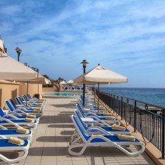 Marina Hotel Corinthia Beach Resort бассейн фото 2