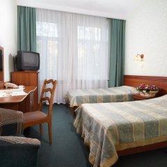 Гостиница Ярославская 3* Стандартный семейный номер с 2 отдельными кроватями