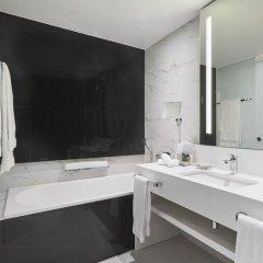 Отель Hilton Tallinn Park 4* Стандартный номер с различными типами кроватей фото 3
