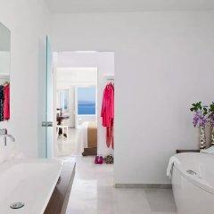 Canaves Oia Hotel 5* Улучшенный люкс с различными типами кроватей фото 4