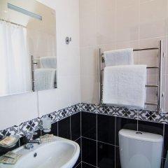 Гостиница Амира Парк в Кисловодске 3 отзыва об отеле, цены и фото номеров - забронировать гостиницу Амира Парк онлайн Кисловодск ванная