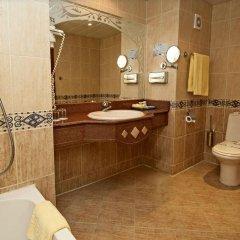 Отель SUNRISE Garden Beach Resort & Spa - All Inclusive Египет, Хургада - 9 отзывов об отеле, цены и фото номеров - забронировать отель SUNRISE Garden Beach Resort & Spa - All Inclusive онлайн ванная