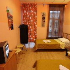 Хостел Геральда Стандартный номер с 2 отдельными кроватями (общая ванная комната)