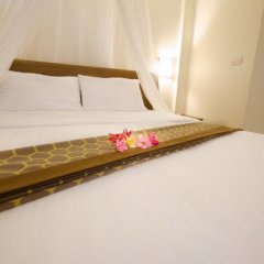 Отель Namphung Phuket 3* Апартаменты с различными типами кроватей