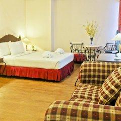Golden Peak Hotel & Suites комната для гостей