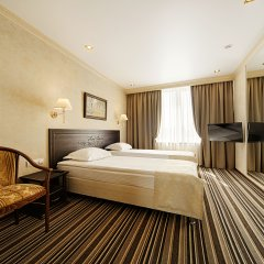Гостиница «Барнаул» 3* Номер Бизнес с двуспальной кроватью фото 3