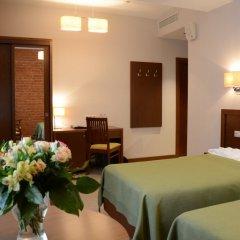 Гостиница Графский комната для гостей фото 9