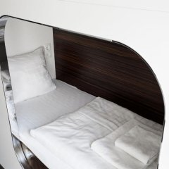 Отель Steel House Copenhagen Кровать в общем номере с двухъярусной кроватью фото 2