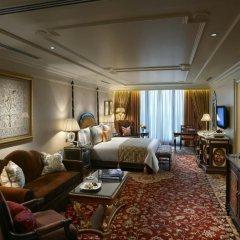 Отель The Leela Palace New Delhi 5* Представительский люкс