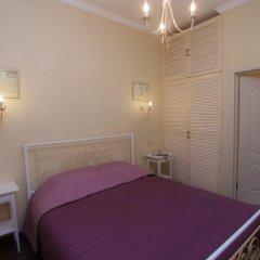 Admiralty Hotel комната для гостей