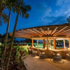 Отель Conrad Bora Bora Nui бассейн