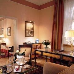 Belmond Гранд Отель Европа 5* Люкс Mariinsky с различными типами кроватей