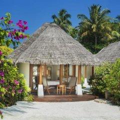 Отель Sheraton Maldives Full Moon Resort & Spa 5* Коттедж с различными типами кроватей фото 2