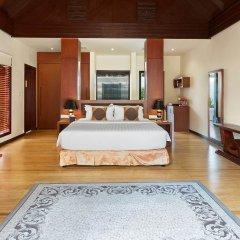 Отель Furaveri Island Resort & Spa 5* Вилла Dhoni с бассейном с различными типами кроватей фото 3