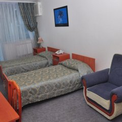 Отель Yacht club комната для гостей фото 7