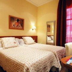 Отель Hostal Orleans комната для гостей фото 4
