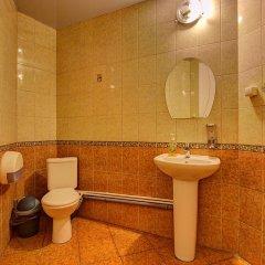 Гостиница Гостевые комнаты у Петропавловской 2* Номер с общей ванной комнатой с различными типами кроватей (общая ванная комната) фото 14