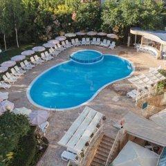 Отель Apart Complex Aquamarine Half Board Болгария, Камчия - отзывы, цены и фото номеров - забронировать отель Apart Complex Aquamarine Half Board онлайн бассейн фото 2