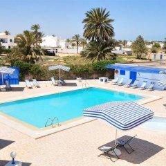 Отель Dar Sofiane Тунис, Мидун - отзывы, цены и фото номеров - забронировать отель Dar Sofiane онлайн бассейн фото 2