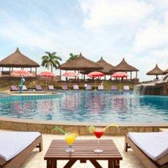 Отель Ramada Resort, Accra Coco Beach бассейн фото 2