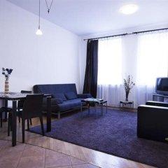 Отель Rynek Barssa AAO 48696 Польша, Варшава - отзывы, цены и фото номеров - забронировать отель Rynek Barssa AAO 48696 онлайн комната для гостей фото 3