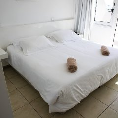 Sun Hall Beach Hotel Apts. in Larnaca, Cyprus from 70$, photos, reviews - zenhotels.com guestroom photo 4
