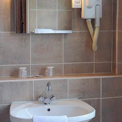 Hotel Auriane Porte de Versailles ванная