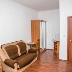 Гостиница Oasis Ug в Ставрополе отзывы, цены и фото номеров - забронировать гостиницу Oasis Ug онлайн Ставрополь комната для гостей фото 9