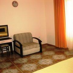 Гостиница ФЕЯ-2 в Анапе 1 отзыв об отеле, цены и фото номеров - забронировать гостиницу ФЕЯ-2 онлайн Анапа комната для гостей фото 6