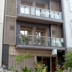 Отель Palm View Tourist Guest House Мале вид на фасад фото 2