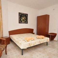 Гостиница Вилла Камилла в Лазурном отзывы, цены и фото номеров - забронировать гостиницу Вилла Камилла онлайн Лазурное комната для гостей