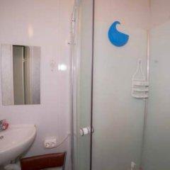 Гостиница Moscow hostel в Москве 7 отзывов об отеле, цены и фото номеров - забронировать гостиницу Moscow hostel онлайн Москва ванная фото 3