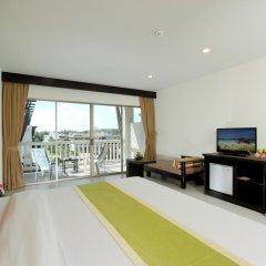 Отель Kata Sea Breeze Resort 3* Улучшенный номер с различными типами кроватей фото 2