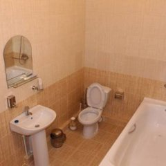 Гостиница Krepost Mini Hotel в Махачкале отзывы, цены и фото номеров - забронировать гостиницу Krepost Mini Hotel онлайн Махачкала ванная