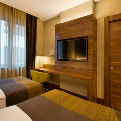 Holiday Inn Istanbul - Kadikoy Турция, Стамбул - 1 отзыв об отеле, цены и фото номеров - забронировать отель Holiday Inn Istanbul - Kadikoy онлайн удобства в номере фото 3