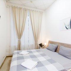 и Хостел Centeral Hotel & Hostel Стандартный номер с двуспальной кроватью (общая ванная комната)