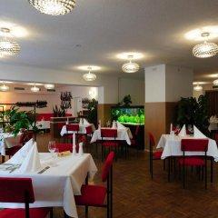 Отель OSTEL - Das DDR Hostel Германия, Берлин - 3 отзыва об отеле, цены и фото номеров - забронировать отель OSTEL - Das DDR Hostel онлайн питание