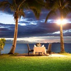 Отель Radisson Blu Resort Fiji Denarau Island пляж