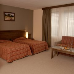 Lion Hotel комната для гостей