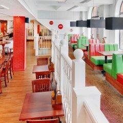 Отель Hilton York гостиничный бар