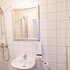Quentin Amsterdam Hotel 3* Номер категории Эконом с различными типами кроватей фото 2