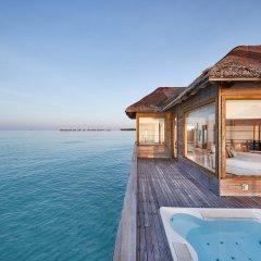 Отель Conrad Maldives Rangali Island бассейн