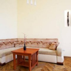 Апартаменты Ратуша Львов комната для гостей фото 4